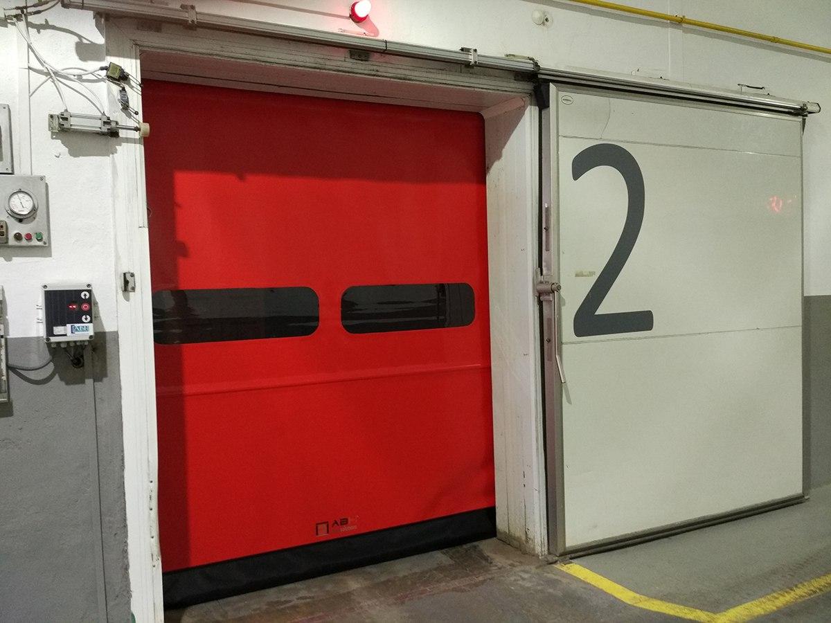 Puerta refrigeración y avisadores