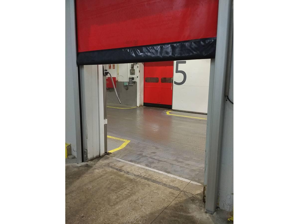 Puerta refrigeración abierta